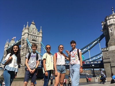 Teens at Tower Bridge